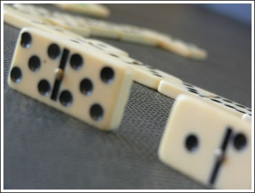 jeu-de-dominos-02.jpg